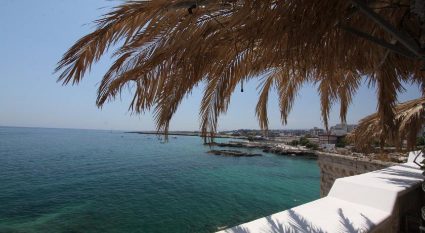 Beach Hotels Near Bari 02